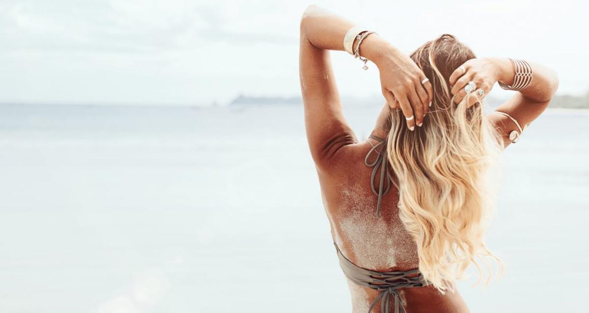 Как сделать волосы блестящими и гладкими в домашних условиях видео