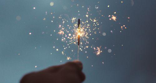 Как отметить Новый год и не обанкротиться