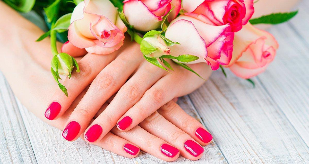 Скидки до 82% на услуги для ногтей в центре Москвы