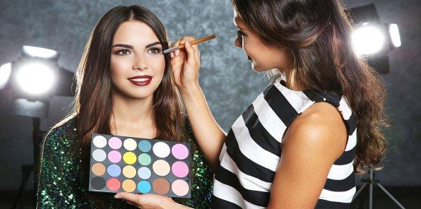 Скидки до 70% на макияж и мастер-класс макияж для себя