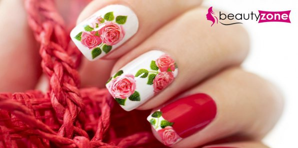 Скидки до 71% на ногтевой сервис в студии Beauty Zone