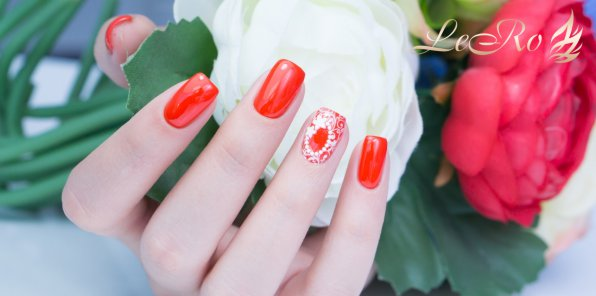 Скидки до 67% на ногтевой сервис в салоне красоты Lero