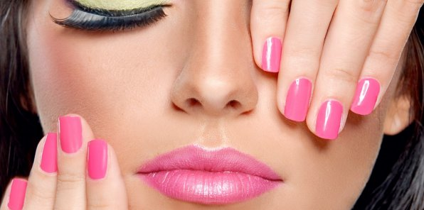 Скидки до 80% на ногтевой сервис в Golden Wog