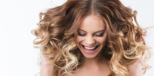 Скидки до 50% на услуги для волос в салоне «Арт Авантаж»