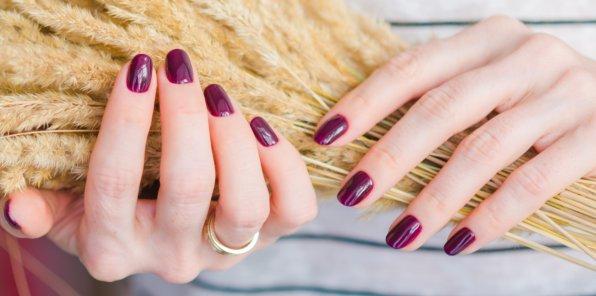 Скидки до 50% на ногтевой сервис в студии красоты «MёD»