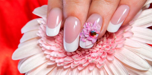 Скидка до 70% на услуги для ногтей в Nail Room