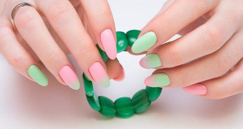 Скидки до 63% на ногтевой сервис в салоне «Марафет»
