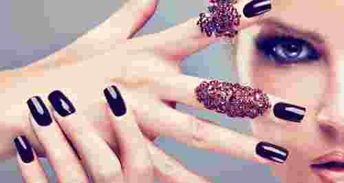 Скидки до 53% на ногтевой сервис в студии Mili
