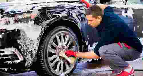 Скидки до 77% на услуги автомойки «Фреш Сити» у ТРК «Галерея»