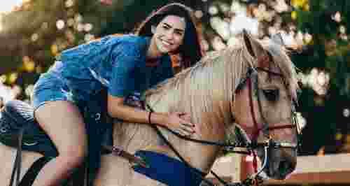 Скидки до 50% на прогулки верхом от КСК Golden Horses и КСК «Кони Эльдорадо»