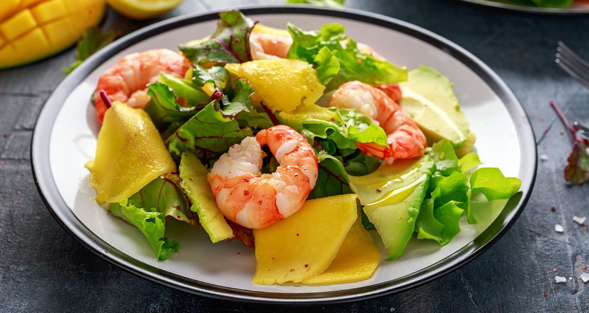 Экзотические салаты с манго