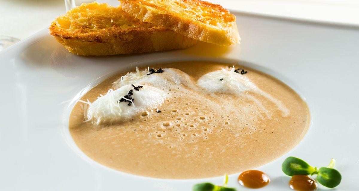 Суп для холодных осенних дней: 3 согревающих рецепта
