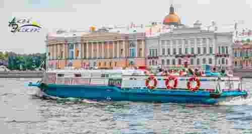 Скидки до 50% на маршруты по рекам и каналам с гидом от судоходной компании «Аква-Экскурс»