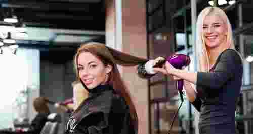 Скидки до 85% на услуги для волос в салоне красоты «Вайори»
