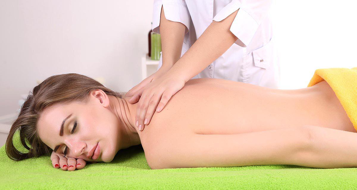 Скидки до 65% на массаж в студии красоты Mack Style