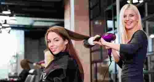 Скидки до 85% на услуги для волос в салоне «Вайори»