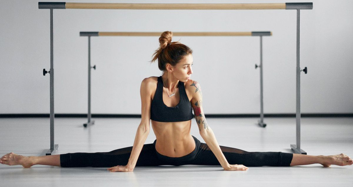 Домашний стретчинг: 5 легких упражнений на растяжку
