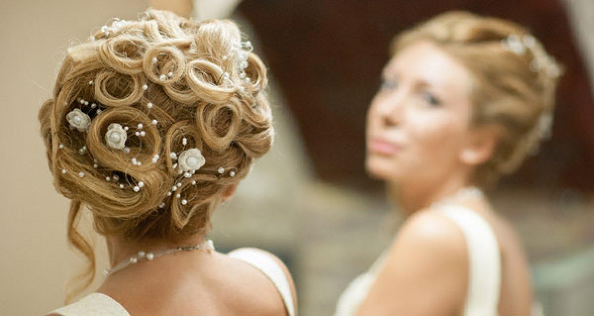 Вечерние, свадебные прически и макияж в салоне Porte Rouge!