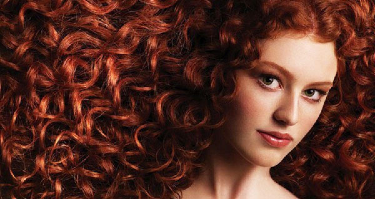 "Кудри ангела! Витаминная биозавивка, наращивание волос и ресниц со скидками до 70% в салоне ""Северная Нимфа"""