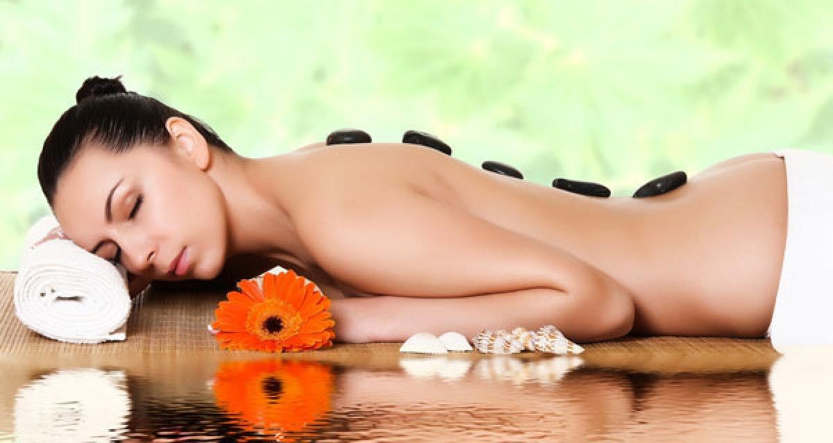 Скидка 67% на все SPA-программы! Тайский, Арома-Oil-массаж, Foot массаж всего за 999р.