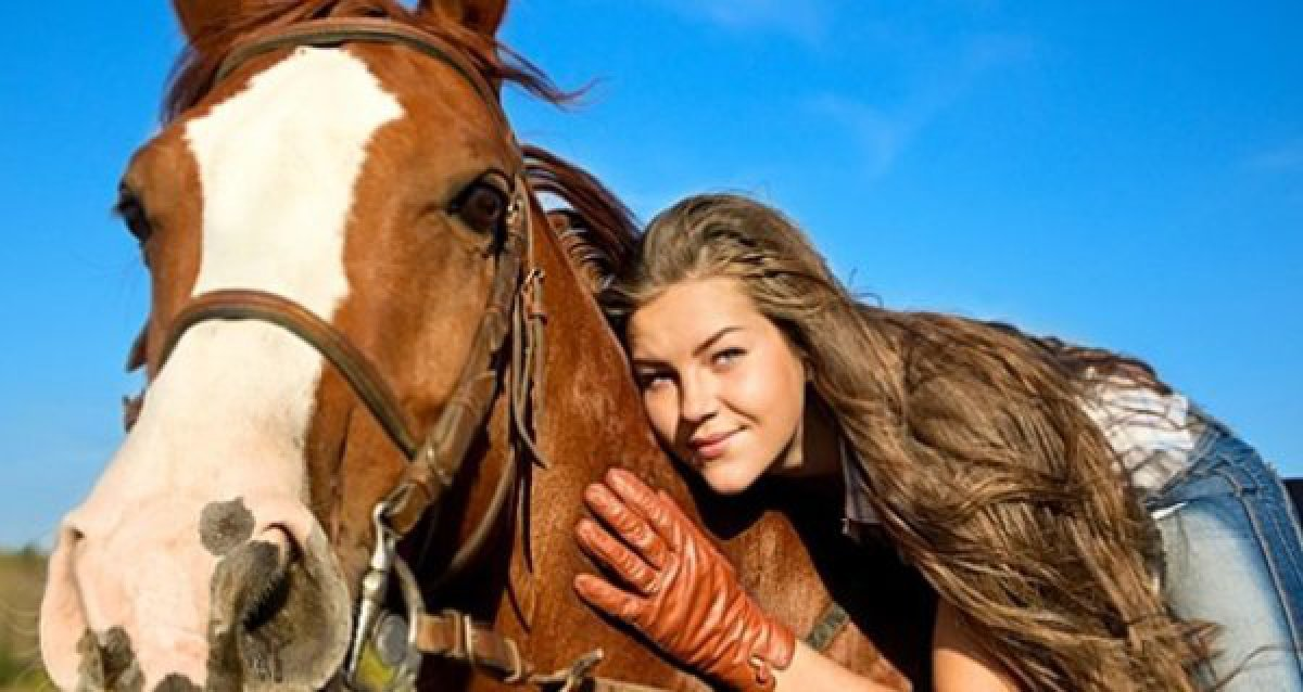 Для любителей лошадей и активного отдыха! Всего 1500 р. за 3-х часовую конную программу или часовую прогулку в конном экипаже