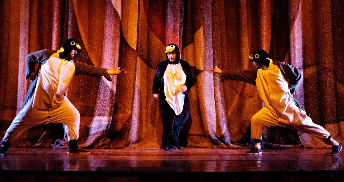 спектакль «Нелетная погода или Брачный сезон у пингвинов»