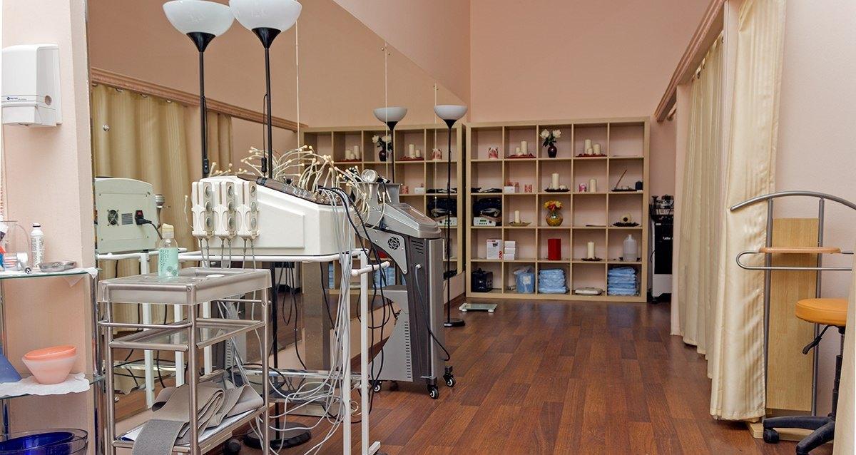 интерьер центра индивидуальной медицины «Здоровье»