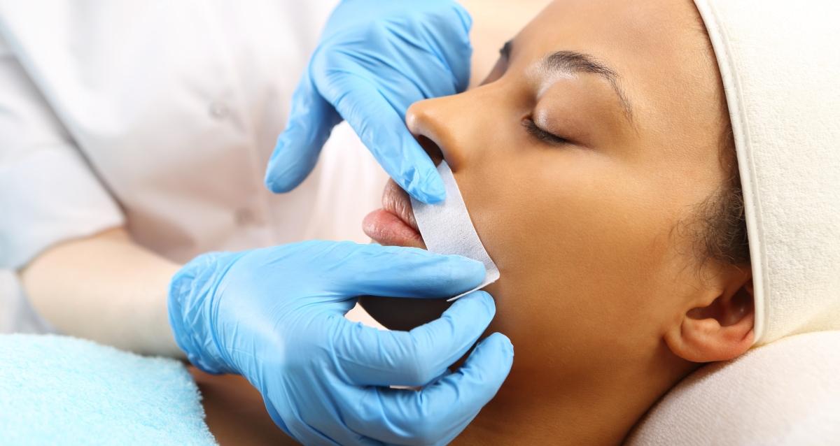 депиляция верхней губы